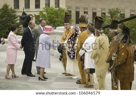 Her Majesty Queen Elizabeth II, Prince Philip, Governor Timothy M. Kaine and his wife Anne Holton meeting Powhatan Tribal Member, Richmond Virginia, May 3, 2007 - stock photo