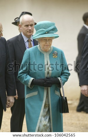 Her Majesty Queen Elizabeth II visiting James Fort, Jamestown Settlement, Virginia on May 4, 2007, the 400th Anniversary of English establishment of 1607 Jamestown Colony, Virginia - stock photo