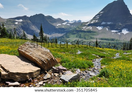 Hidden Lake Trail, Glacier National Park, Montana, USA. - stock photo