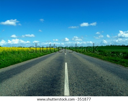 Highway in to the horizon of nowhere - stock photo