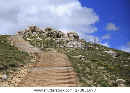 Hiking trail at Rocky Mountain National Park - stock photo
