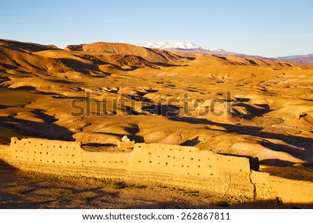 hill africa in morocco the old contruction       and   historical village