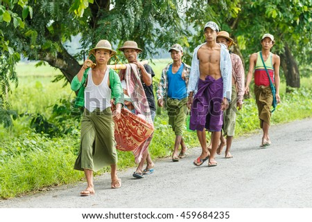 HINTHADA, MYANMAR - SEP 1:  People travel  for medical treatment form  Thai Military Medical Team during Humanitarian assistance  on Sep 1, 2015 in Hinthada, Myanmar.