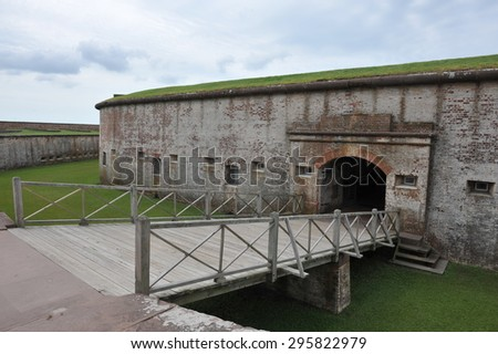 Historical images of Fort Story in North Carolina