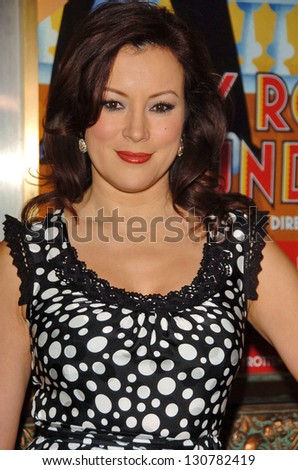 "HOLLYWOOD - AUGUST 15: Jennifer Tilly at the Los Angeles Premiere of ""Dirty Rotten Scoundrels"" in Pantages Theatre August 15, 2006 in Hollywood, CA."