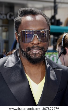 HOLLYWOOD, CA - APRIL 10, 2011: Will.i.am at the Los Angeles premiere of 'Rio' held at the Grauman's Chinese Theater in Hollywood, USA on April 10, 2011.