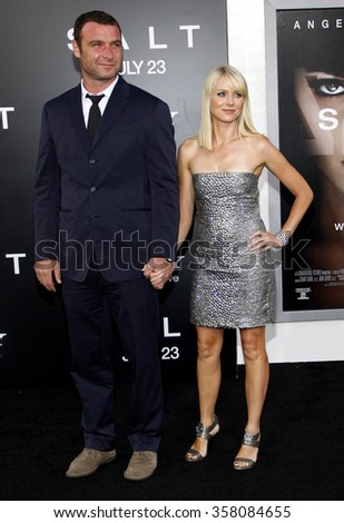 """HOLLYWOOD, CALIFORNIA - July 19, 2010. Liev Schreiber and Naomi Watts at the Los Angeles premiere of """"Salt"""" held at the Grauman's Chinese Theater, Los Angeles.  - stock photo"""
