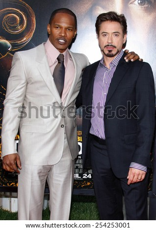 """HOLLYWOOD, CALIFORNIA - Monday April 20, 2009. Jamie Foxx and Robert Downey Jr. at the Los Angeles premiere of the """"The Soloist"""" held at the Paramount Pictures Studio Lot, Hollywood. - stock photo"""
