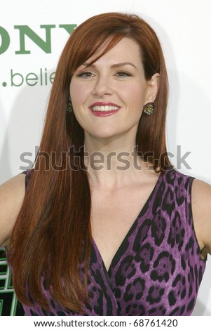 "HOLLYWOOD - JAN. 10:  Sara Rue arrives at the ""The Green Hornet"" premiere at Grauman's Chinese Theatre on Jan. 10, 2011 in Hollywood, CA."