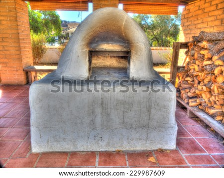 Horno is a mud adobe-built outdoor oven used by Native Americans and early settlers of North America.