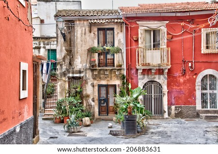 Houses in th old town of Syracuse, Sicily, Italy