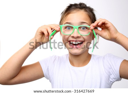 How to choose glasses. Happy child of the covenant glasses