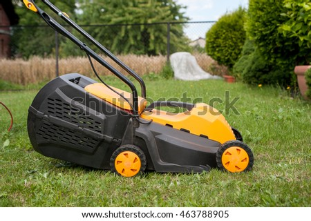 how you can't mowing of the lawn / mowing lawn