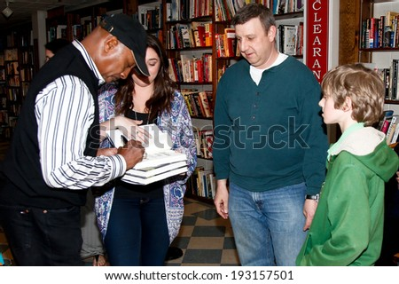 "HUNTINGTON, NY-MAY 16: Former MLB player/manager Willie Randolph signs copies of his book ""The Yankee Way"" for fans at Book Revue on May 16, 2014 in Huntington, New York."