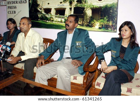 HYDERABAD, PAKISTAN-SEPT 15:Hyderabad Chess Assoc. Secretary, Saleem Iqbal with Pakistan Chess Squad for 39th Chess Olympiad Russia during press conference at Press club Sept 15, 2010 in Hyderabad