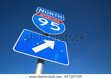 I-95 North Arrow Sign