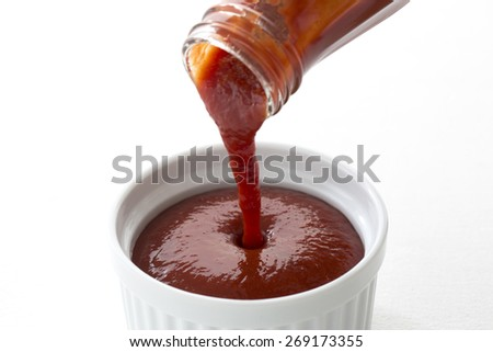 I put the ketchup from the bottle - stock photo