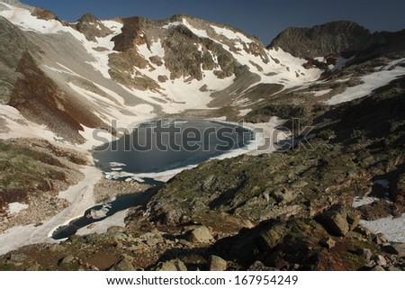 ibon blanco de lliterola, aragon pyrenees - stock photo