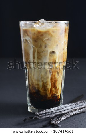 ice coffee with vanilla