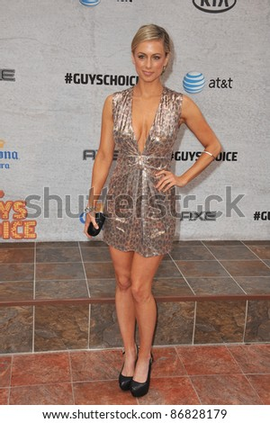 Iliza Shlesinger at Spike TV's Guys Choice Awards 2011 at Sony Studios, Culver City, CA. June 4, 2011  Los Angeles, CA Picture: Paul Smith / Featureflash