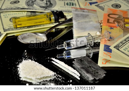 Illegal drugs on the streets of money