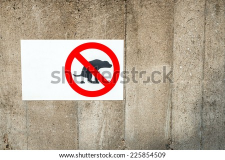 Image of a notice warning dog owners not to let their pet foul in the area