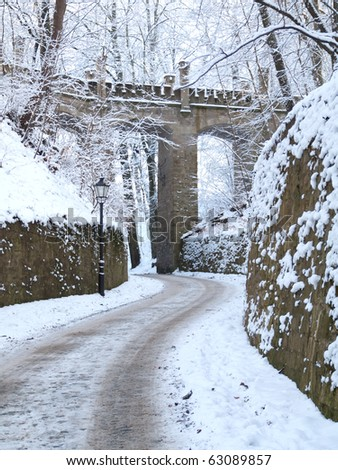 image of snowy Bridle Path