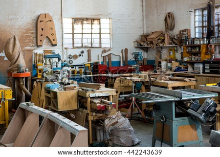 Image of the carpenters workshop
