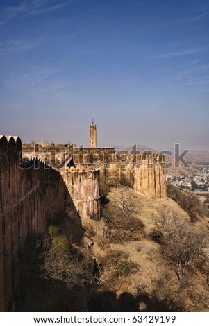 India, Rajasthan, Jaipur, view of the Amber Fort, all-built in white marble and red sandstone, 11 km outside Jaipur city