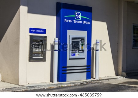Indianapolis - Circa August 2016: Fifth Third Bank ATM. Fifth Third services 15 regions with more than 1,300 locations II