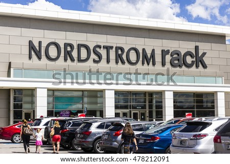 Indianapolis Circa September 2017 Nordstrom Rack Strip Mall Location Is Known For