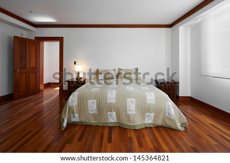 Interior design: Big empty bedroom