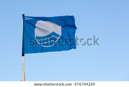 International blue flag awarded to clean beaches