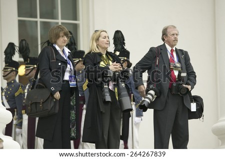 International press corps, the media, standing with cameras in front of the Virginia State Capitol in Richmond Virginia, as part of the 400th anniversary of the Jamestown Settlement, May 3, 2007  - stock photo