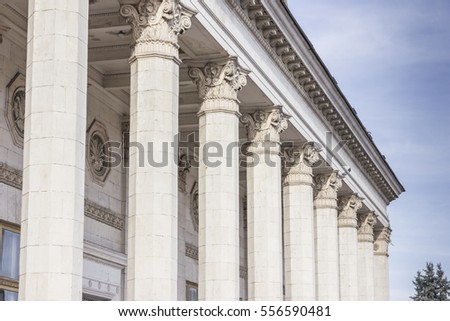 Ionic highest stone columns outdors