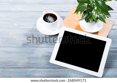 Ipad, tablet, cafe. - stock photo