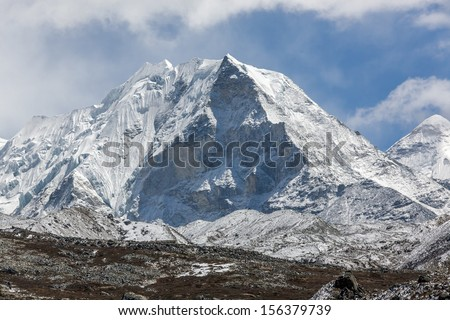 Island peak (6189 m) in district Mount Everest - Nepal, Himalayas - stock photo