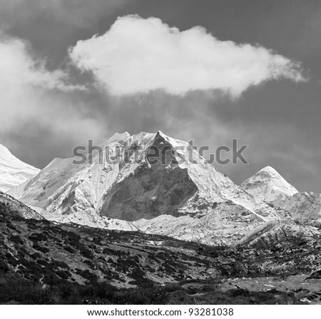 Island peak (6189 m) in district Mt. Everest (black and white) - Nepal, Himalayas - stock photo