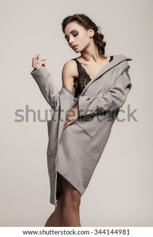 Isolated fashion shooting of attractive girl. beauty shot