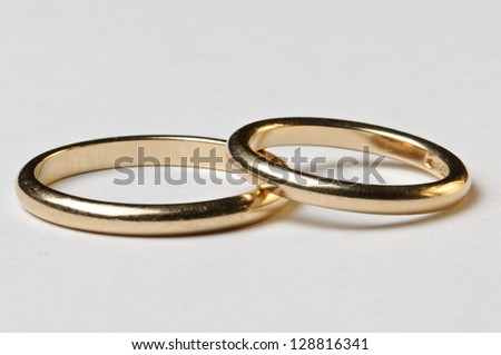 Isolated wedding rings - Male ad female