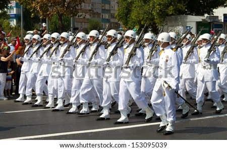 ISTANBUL - AUGUST 30: Turkish Victory Day official parade took place on Vatan Avenue on August 30, 2013 in Istanbul, Turkey.