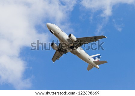 ISTANBUL - SEPTEMBER 08: Air France Airbus A319 take off from Ataturk International Airport on September 08, 2012 in Istanbul, Turkey. Air France is the national flag carrier airline of France. - stock photo