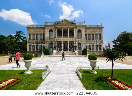 ISTANBUL, TURKEY - CIRCA JUNE 2014 : Many tourists come to visit Dolmabache palace and appreciate the fascinating architecture in circa June 2014 in Istanbul, Turkey.