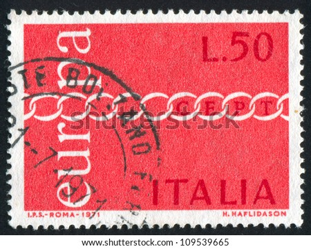 ITALY - CIRCA 1971: stamp printed by Italy, shows Stylized chain, CEPT, circa 1971