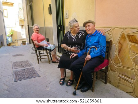Chat With Elderly Men