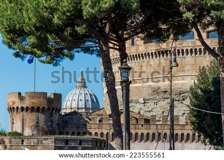italy, rome, castel sant'angelo (castel sant 'angelo) with st. peter's basilica in hintergrund - stock photo