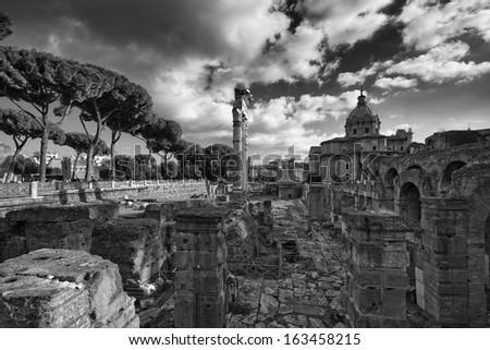 Italy, Rome, Roman Forum, roman ruins - stock photo