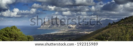 Italy, Sicily, view of Cofano mount and the Tyrrhenian coastline from Erice (Trapani Province)