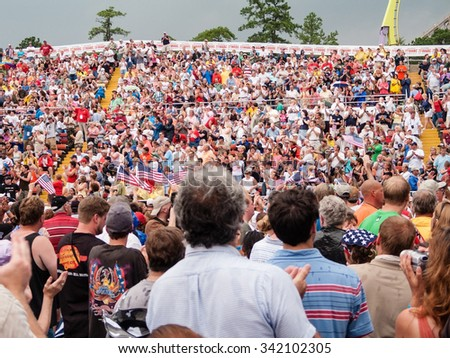 JACKSON, NEW JERSEY -JULY 21 - The Sean Hannity Freedom Concert crowd at Six Flags Great Adventure on July 21, 2006 in Jackson NJ. - stock photo