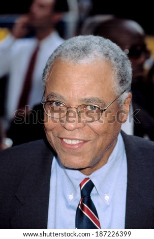 James Earl Jones at premiere of K-19 THE WIDOWMAKER, NY 7/17/2002 - stock photo